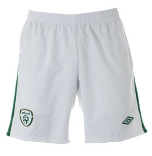 2010-11 Ireland Umbro Home Shorts (Kids)