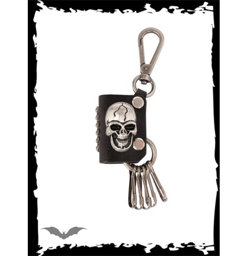 Key pendant with carabiner and skull