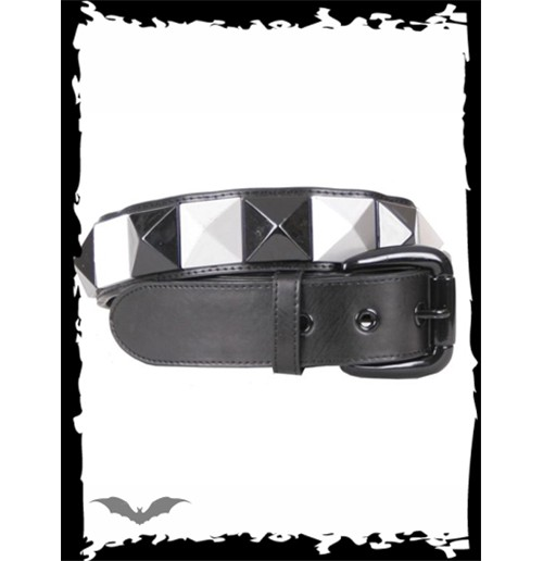Large black/white pyramid studs belt