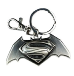 Batman vs Superman Keychain 213606