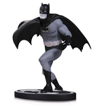 Batman Black & White Statue Batman by Carmine Infantino 16 cm