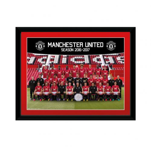 Manchester United F.C. Picture Squad 8 x 6