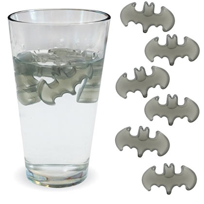 BATMAN 6 Pack Plastic Reusable Ice Cubes