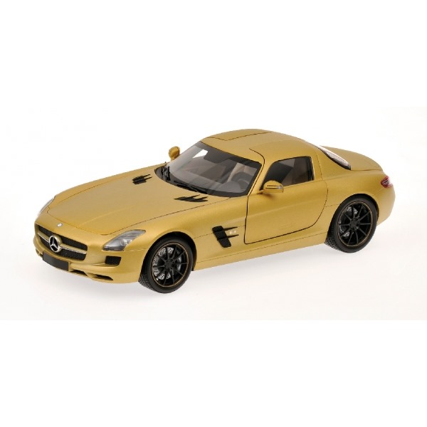 MERCEDES BENZ SLS AMG COUPE' 2010 GOLD