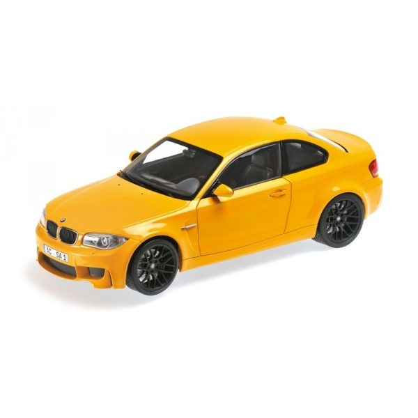 BMW 1ER M COUPE' 2011 YELLOW
