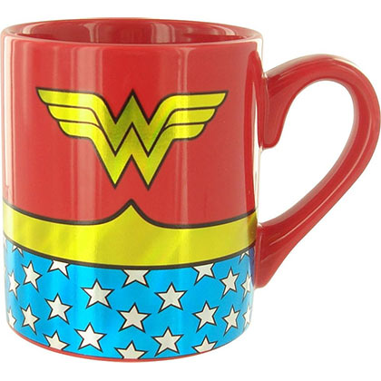 WONDER WOMAN Costume Gold Foil Mug