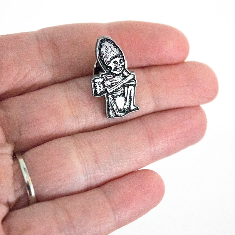 ROGUE ALES Dead Guy Icon Lapel Pin