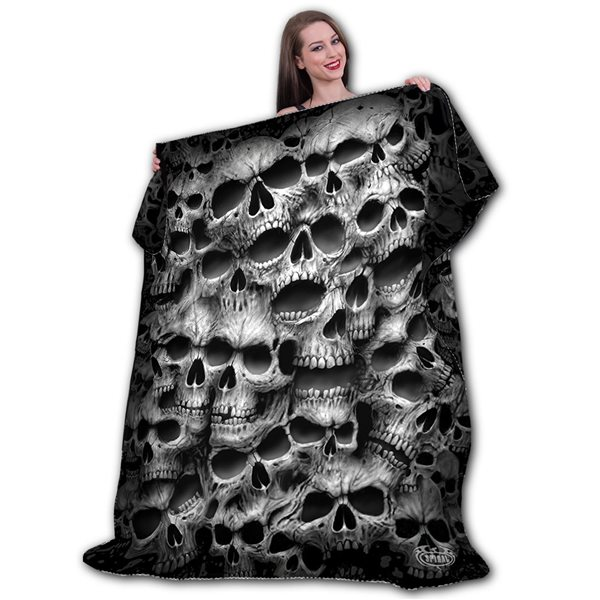 Twisted Skulls - Fleece Blanket with Double Sided Print